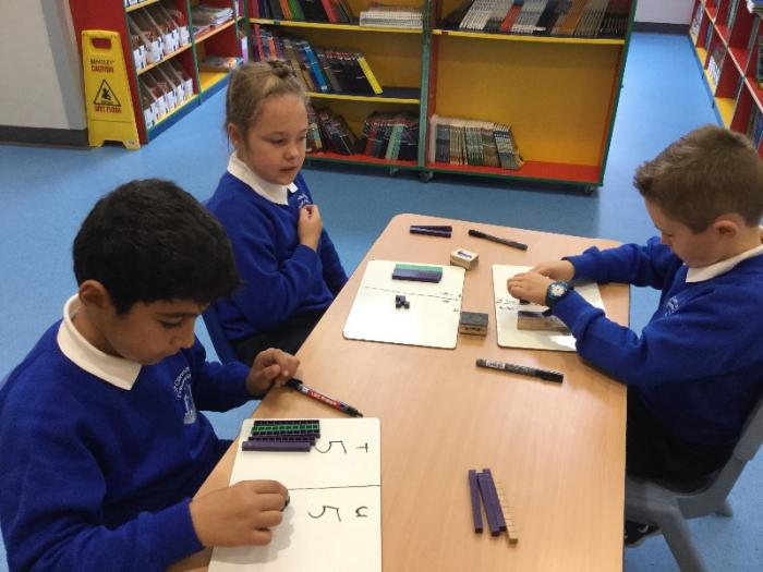 Making numbers using dienes